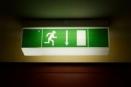 В школах Сызрани установили новые аварийные светильники
