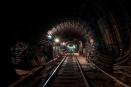 В Петербургском метро заменят аварийное освещение